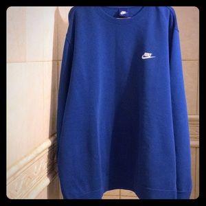 Gently worn Nike crewneck sweater